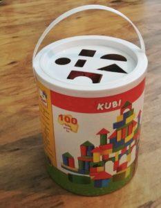 Dárek pro roční dítě - dřevěné kostky