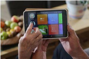 Dárek pro dědu - tablet pro seniory