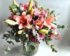 Pošlete oslavenci květinu.